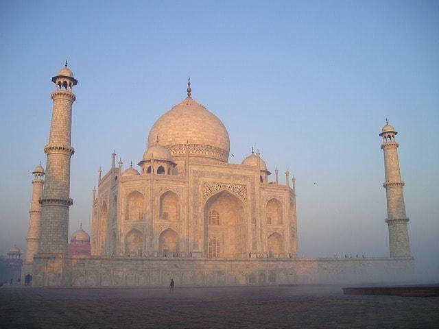 ताजमहल का निर्माण कब किया गया था – When Taj Was Built In Hindi