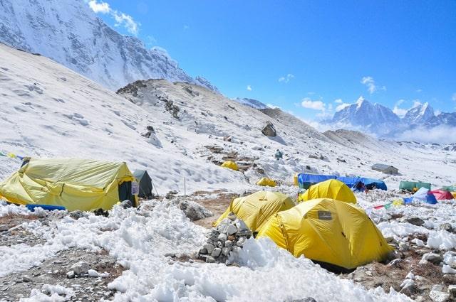 माउंट एवरेस्ट पर्वत : माउंट एवरेस्ट पर्वतारोहियों: माउंट एवरेस्ट चढ़ने के बारे में कुछ प्रश्न - How To Climb Mount Everest In Hindi