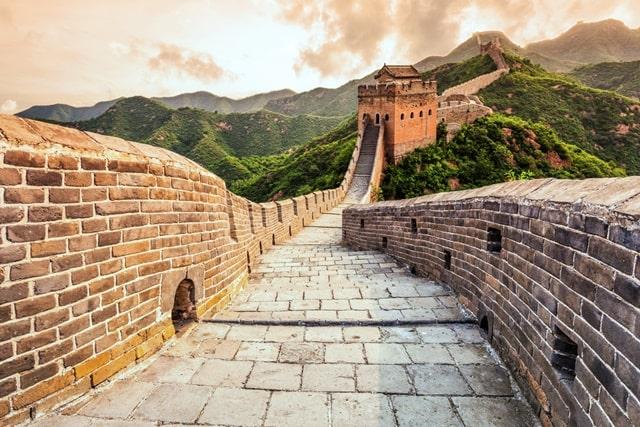 चीन की महान दीवार बनाने में कितने साल लगे - How Many Years Did It Take To Build The Great Wall Of China In Hindi