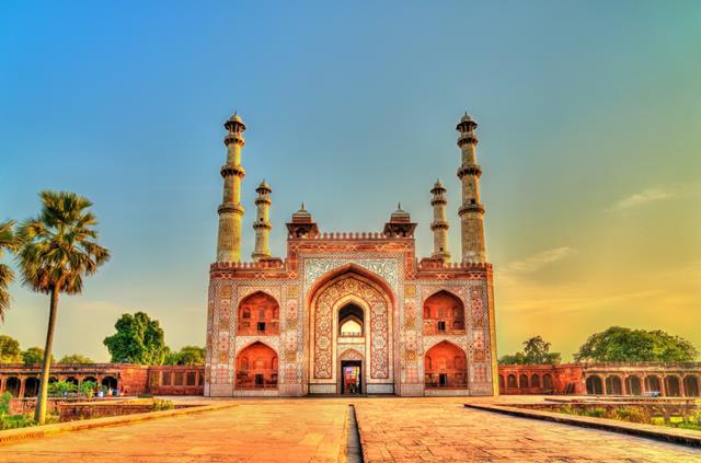 आगरा में ताजमहल के पास यात्रा के लिए सिकंदरा स्थान -Sikandra Places To Visit In Agra Near Taj Mahal In Hindi