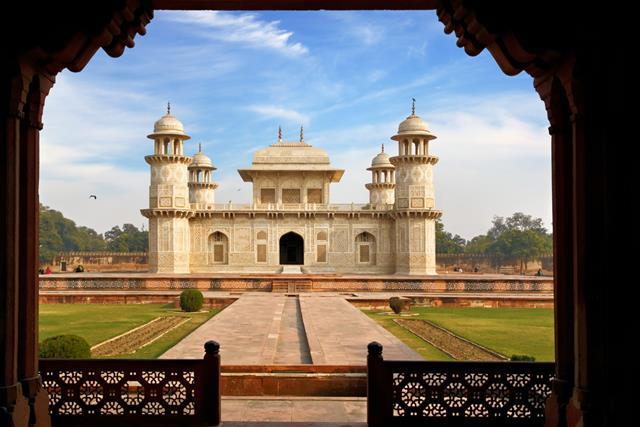 ताजमहल के पास आगरा में एतमाद-उद-दौला की यात्रा - Itmad-Ud-Daulah Places To Visit In Agra Near Taj Mahal In Hindi