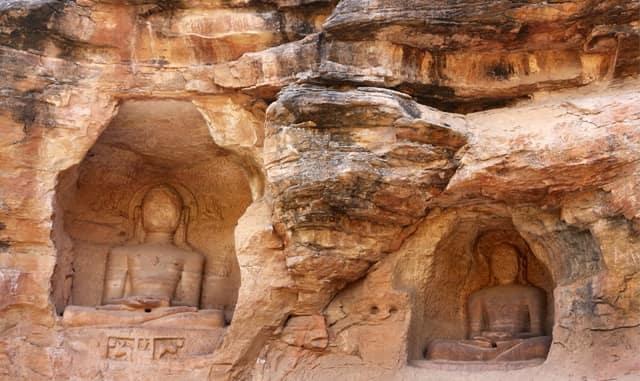 सिद्धाचल जैन मंदिर की गुफाएं - Siddhachal Jain Temple Caves Gwalior Madhya Pradesh