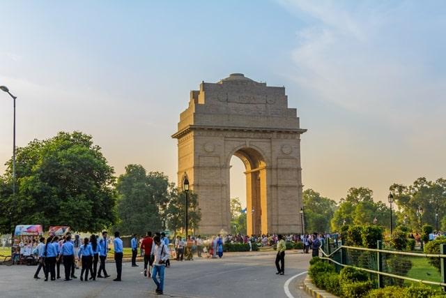इंडिया गेट में अमर जवान ज्योति - Amar Jawan Jyoti In Delhi In Hindi