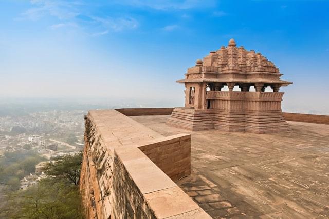 ग्वालियर का किला जाने के तरीके - How To Reach Gwalior Fort In Hindi