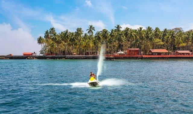 अंडमान निकोबार में घूमने की जगह रॉस आइलैंड - Ross Island In Andaman And Nicobar Island In Hindi