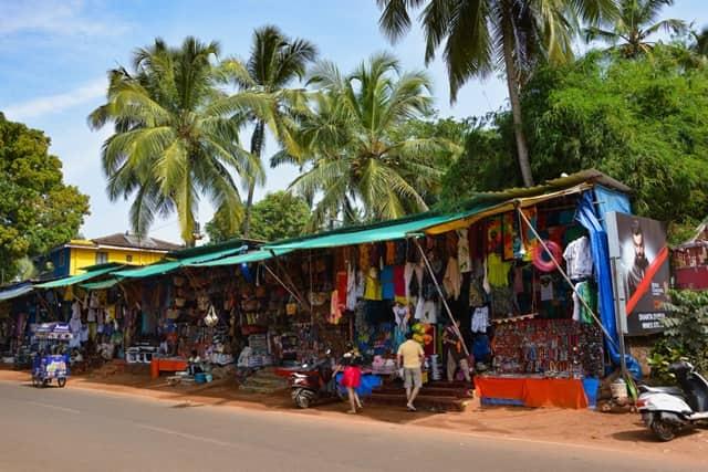 बागा बीच पर खरीदारी और मार्केट - Shopping In Baga Beach In Hindi