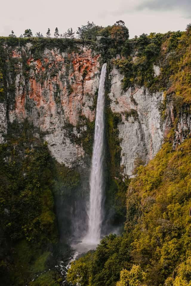 एंजिल जलप्रपात का इतिहास - Angel Water Falls History In Hindi