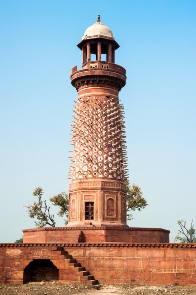 हिरन मीनार फतेहपुर सीकरी - Hiran Minar Fatehpur Sikri In Hindi