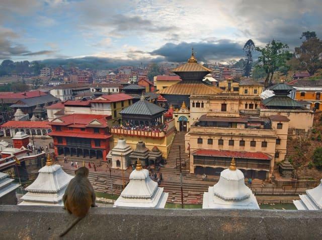 पशुपतिनाथ मंदिर नेपाल का प्रमुख दर्शनीय स्थल - Pashupatinath Temple, Kathmandu Nepal In Hindi