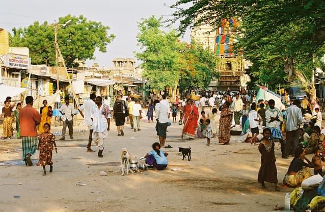 हम्पी में घूमने की जगह हम्पी बाजार - Hampi Bazaar In Hindi