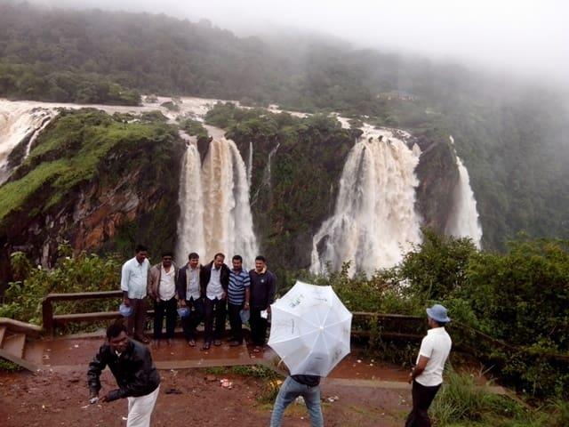 जोग जलप्रपात पर क्या क्या कर सकते हैं - Things To Do In Jog Falls In Hindi