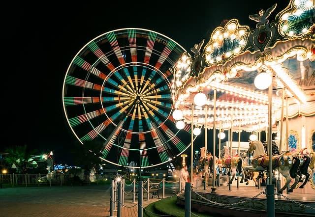 ड्रीम वर्ल्ड मनोरंजन पार्क, बैंकॉक में घूमने की जगह - Dream World Amusement Park In Bangkok In Hindi