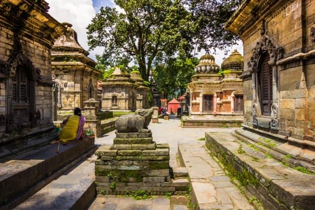 पशुपतिनाथ मंदिर में प्रवेश - Entry To The Pashupatinath Temple In Hindi