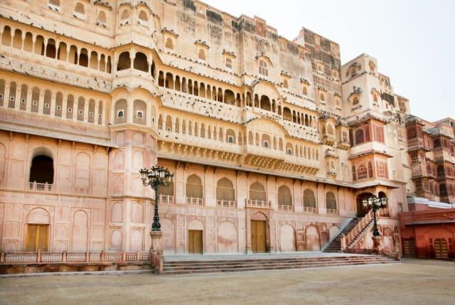 जूनागढ़ किला घूमने का सबसे अच्छा समय - Best Time To Visit Junagarh Fort Bikaner In Hindi