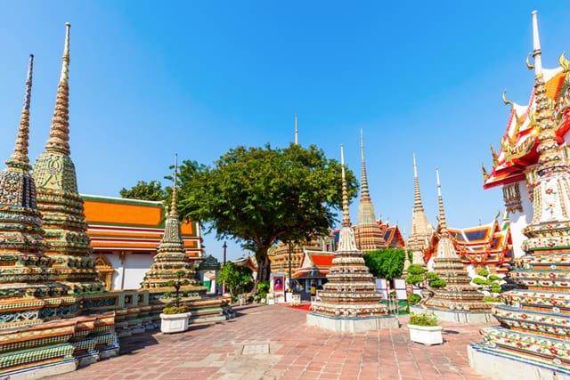 वाट फो, बैंकॉक में देखने लायक जगह - Wat Pho In Bangkok In Hindi