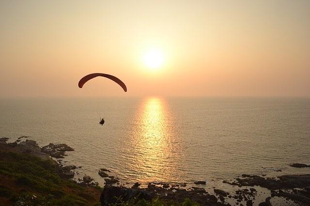 कलंगुट बीच पर क्या क्या कर सकते हैं- Things To Do In Calangute Beach In Hindi