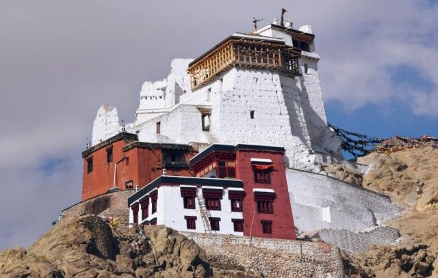 मैकलोडगंज का प्रमुख दर्शनीय स्थल नामग्याल मठ – Namgyal Monastery Mcleodganj in Hindi
