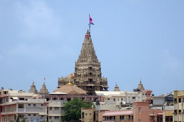मथुरा का धार्मिक स्थल द्वारकाधीश मंदिर - Dwarkadhish Temple Mathura in Hindi