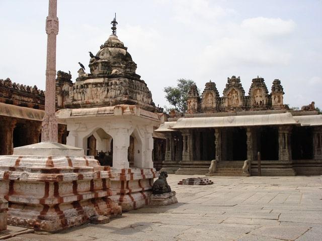 विठ्ठल मंदिर हम्पी - Vijaya Vittala Temple Hampi In Hindi