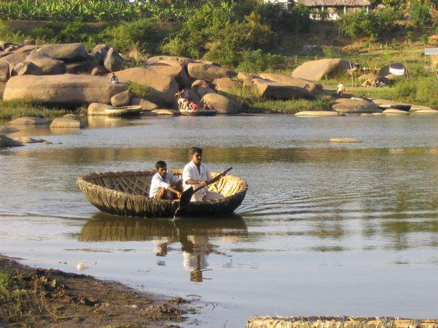 कोरल राइड हम्पी - Coracle Ride Hampi In Hindi