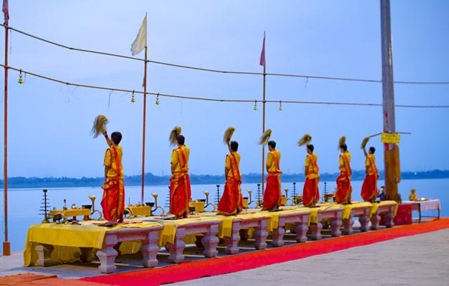 अस्सी घाट वाराणसी की सबसे पवित्र जगह - Assi Ghat Varanasi In Hindi