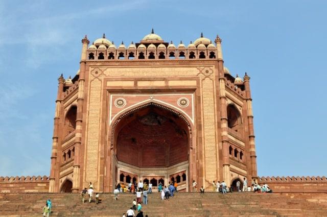 बुलंद दरवाजा फतेहपुर सीकरी - Buland Darwaza Fatehpur Sikri In Hindi