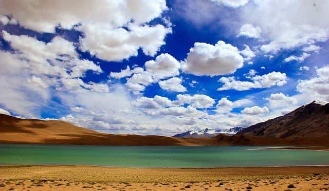 पैंगोंग झील की जुड़वां त्सो मोरीरी झील - Tso Moriri Pangong Ki Judwa Jheel In Hindi