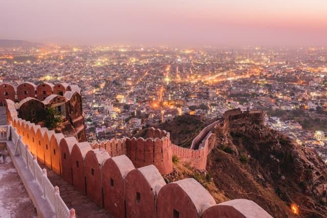 जयपुर में घूमने वाली जगह नाहरगढ़ किला - Jaipur Mein Ghumne Wali Jagah Nahargarh Fort In Hindi