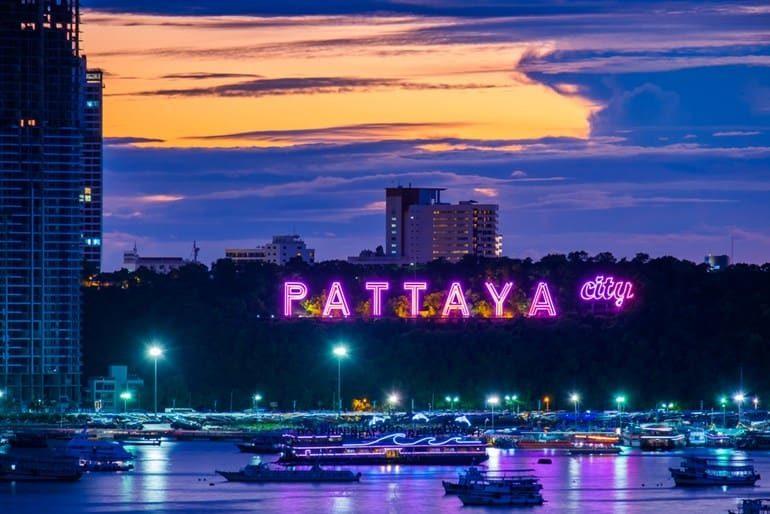 पटाया सिटी में नाइटलाइफ और यहां के प्रमुख पर्यटन स्थल- Places To Visit In Pattaya In Hindi