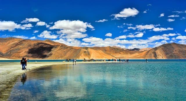 लेह लद्दाख में पर्यटन स्थल त्सो कर झील - Leh Ladakh Me Paryatan Sthal Tso Kar Jheel In Hindi