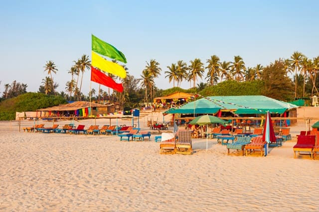 बेनौलिम बीच के पास के रेस्टुरेंट - Restaurants and Shack Near Benaulim Beach In Hindi