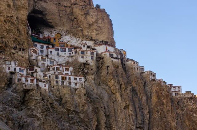 लेह लद्दाख में दर्शनीय स्थल फुगताल मठ- Leh Ladakh Me Darshniya Sthal Phugtal Monastery In Hindi