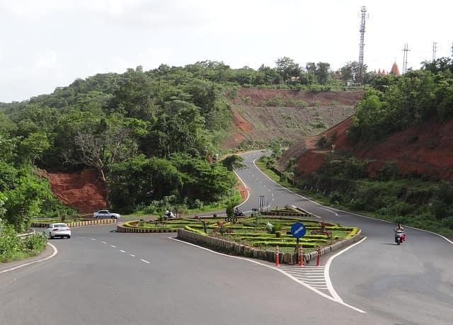 सड़क मार्ग से अगुआडा किला कैसे पहुंचे - How To Reach Aguada Fort By Bus In Hindi