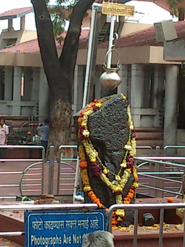 शनि शिंगनापुर, महाराष्ट्र