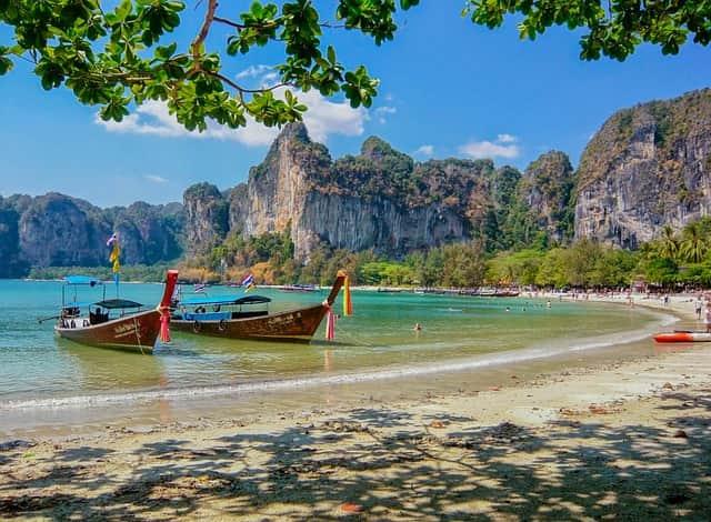 मु को आंग थोंग थाईलैंड का फेमस बीच – Thailand Ka Famous Beach Mu Ko Ang Thong In Hindi
