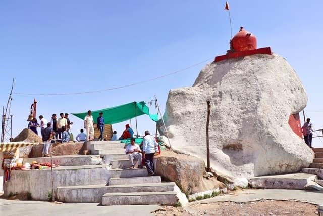 गुरु शिखर पर जाने का सबसे अच्छा समय- Best Time To Visit Guru Shikhar In Hindi