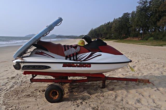 चपोरा बीच पर क्या क्या कर सकते हैं - Things To Do In Chapora Beach In Hindi