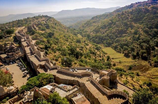 कुंभलगढ़ किले की दीवार 'भारत की महान दीवार'- Kumbhalgarh Fort Wall 'The Great Wall Of India' In Hindi