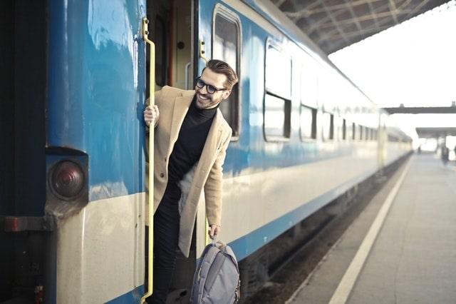 ट्रेन से गुरु शिखर कैसे पहुँचे- How To Reach Guru Shikhar By Train In Hindi