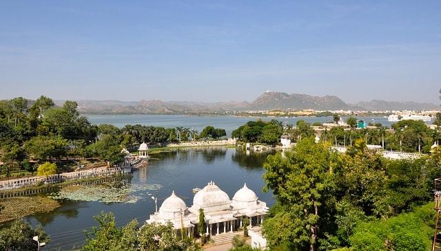 उदयपुर में घूमने की अच्छी जगह दुध तलाई म्यूजिकल गार्डन - Udaipur Me Ghumne Ki Acchi Jagah Doodh Talai Musical Garden In Hindi