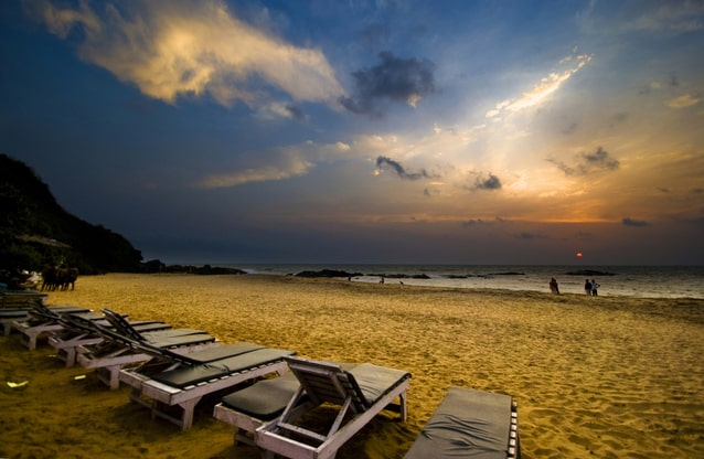 चपोरा बीच के पास नजदीक होटल - Stay Near Chapora Beach In Hindi