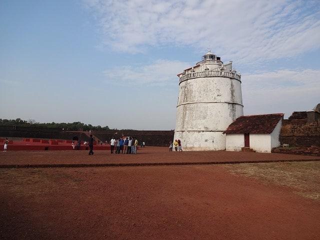 अगुआड़ा किले का इतिहास - Aguada Fort History In Hindi