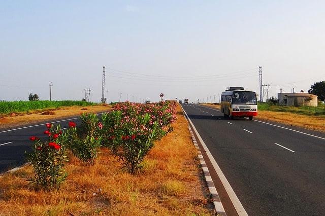 सड़क मार्ग द्वारा रणथंभौर किला कैसे पहुंचे – How To Reach Ranthambore Fort By Road In Hindi