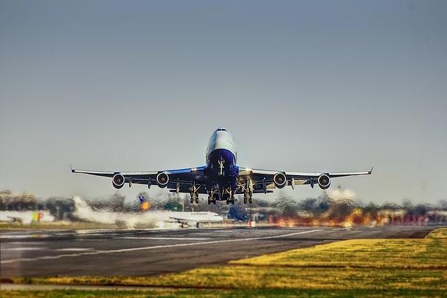 फ्लाइट से कैसे पहुंचें औली - How To Reach Auli By Flight In Hindi