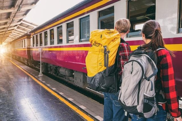 ट्रेन से कैबो डी राम बीच कैसे पहुंचे – How To Reach Cabo De Rama Beach By Train In Hindi
