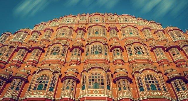 जयपुर में घूमने वाली जगह हवा महल - Jaipur Mein Ghumne Wali Jagah Hawa Mahal In Hindi