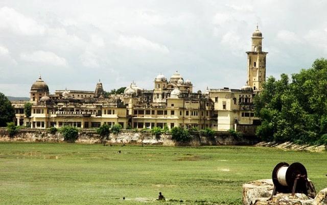 अलवर के पर्यटन स्थल विजय मंदिर महल- Alwar Ke Paryatan Sthal Vijay Mandir Palace In Hindi