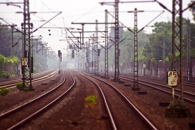 रेल से रणथंभौर किला कैसे पहुंचे - How To Reach Ranthambore Fort By Train In Hindi