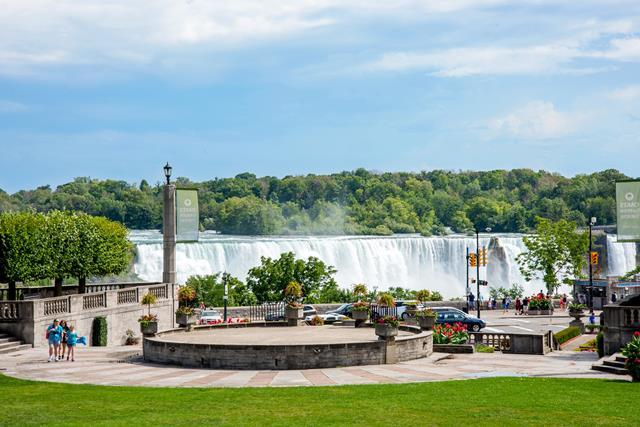 नियाग्रा जलप्रपात घूमने जाने का सबसे अच्छा समय- What Is The Best Time To Visit Niagara Water Falls In Hindi
