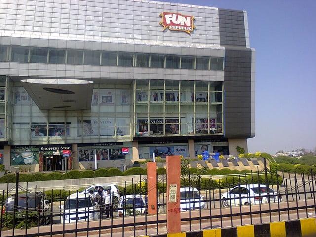 लखनऊ में घूमने की जगह फन रिपब्लिक मॉल - Lucknow Me Gumne Ki Jagha Fun Republic Mall In Hindi